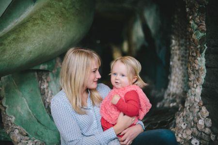 Бебе које успостављају контакт очима ће имати бољи вокабулар
